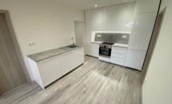 Na predaj 3 izbový byt po kompletnej rekonštrukcii v príjemnej lokalite Petržalky