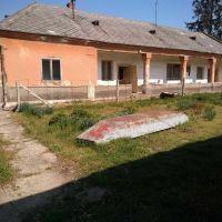 Chalupa, rekreačný domček, Moča, 1170 m², Pôvodný stav