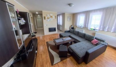 Predaj – Veľkometrážny, slnečný  3 izbový byt v loggiou, parkovacím státím - Rajka – Top ponuka!
