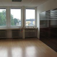 Kancelárie, Bratislava-Nové Mesto, 23 m², Kompletná rekonštrukcia