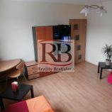 Na predaj krásny zariadený 3 izbový byt na Budatínskej ulici v Petržalke