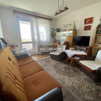 4 izbový byt, Poltár, 79 m², Pôvodný stav