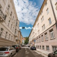 2 izbový byt, Bratislava-Staré Mesto, 74 m², Kompletná rekonštrukcia