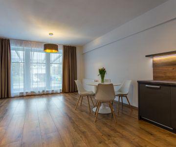 Prenájom 2 izbového bytu s terasou v Liptovskom Mikuláši
