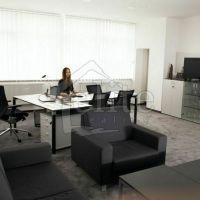 Kancelárie, Považská Bystrica, 11 m², Kompletná rekonštrukcia
