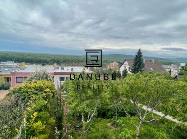 Predaj dvojpodlažný dom v LUKRATÍVNEJ lokalite Bratislava I - Staré Mesto, Révova ulica.