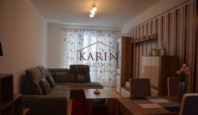 Na predaj priestranný 3 izb. byt v novostavbe na námestí v meste Šaštín-Stráže, 76,24m2 + balkón