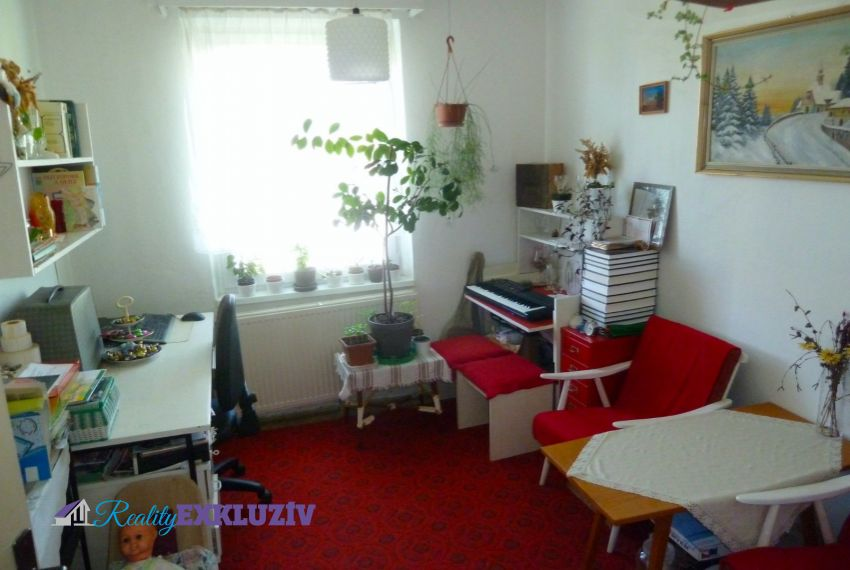 Predaj 4 izbový byt Poltár-5