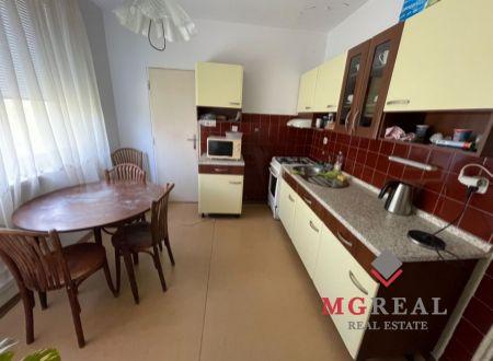 3 veľkometražny byt s balkónom Topoľčany