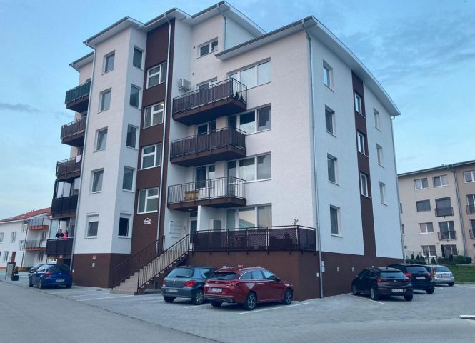 2 izbový byt - Slovenský Grob - Fotografia 1