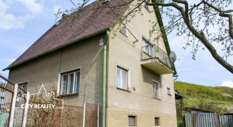 Ponúkame Vám na predaj rodinný dom s pozemkom 2.158 m2, Ráztočno