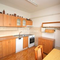 3 izbový byt, Skačany, 76 m², Čiastočná rekonštrukcia