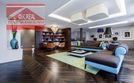 Ponúkame na predaj 3i byt, aký sa na trhu neobjaví často - 232 m², pri hrade, výhľad na Slavín, parkovanie a ultimátne vybavenie.
