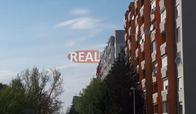 REALFINN PREDAJ - Veľký 1- Izbový byt na sídlisku JUH, Nové Zámky