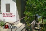 Realitná kancelária SA REALITY ponúka na predaj rekreačný dom v Leviciach, v dome pitná voda, elektrina