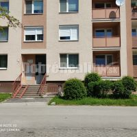 2 izbový byt, Nové Zámky, 68 m², Kompletná rekonštrukcia