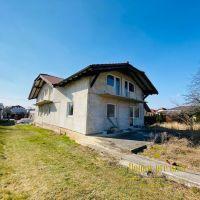 Rodinný dom, Tovarníky, 850 m², Vo výstavbe