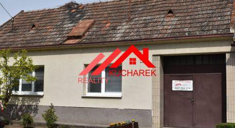 Kuchárek-real: Ponúka rodinný dom v centre Pezinka na pozemku 1190m2.