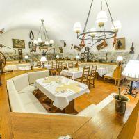 Reštaurácia, Bratislava-Staré Mesto, 270 m², Kompletná rekonštrukcia