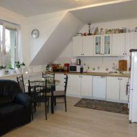 3 izbový byt, Bratislava-Staré Mesto, 63 m², Čiastočná rekonštrukcia