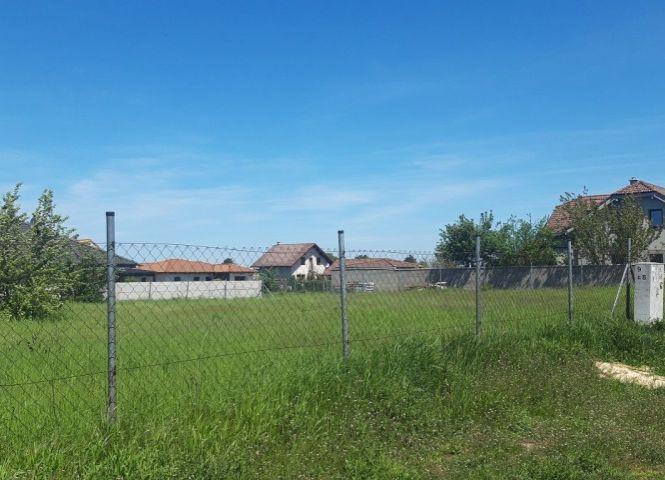 pre rodinné domy - Dunajská Lužná - Fotografia 1