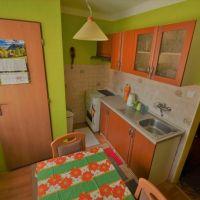 1 izbový byt, Dubnica nad Váhom, 33 m², Čiastočná rekonštrukcia