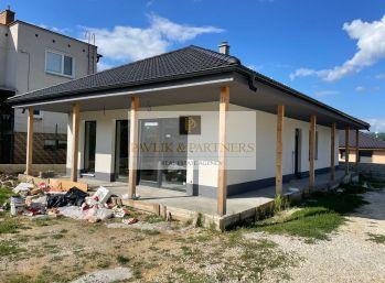 Predaj 4 izbový RD, veľká terasa, 5,5á pozemok, Žirany