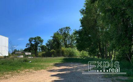 PREDAJ exkluzívneho stavebného pozemku v Lozorne - EXPISREAL