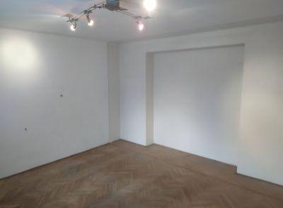 Exkluzívne veľký 4-izbový byt. V tichej lokalite na predaj
