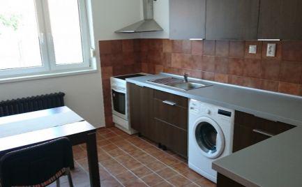 Lukratívna ponuka prenájmu 2 izbového bytu v RD-Ružinov