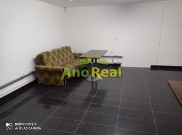 EXKLUZÍVNE na prenájom kancelársky - obchodný priestor, 26 m2, Rajec centrum