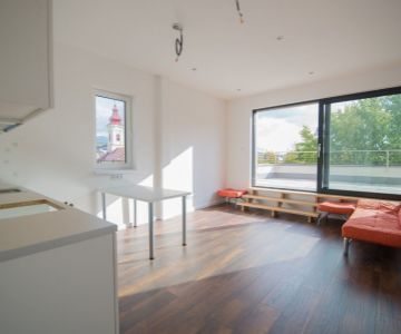 Prenájom 3 izbového bytu s terasou, blízke centrum - Liptovský Mikuláš