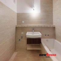 3 izbový byt, Dubnica nad Váhom, 61 m², Kompletná rekonštrukcia