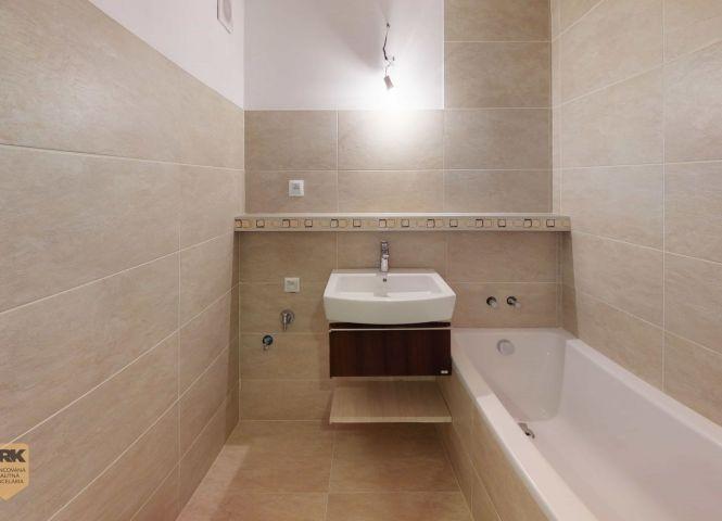 3 izbový byt - Dubnica nad Váhom - Fotografia 1