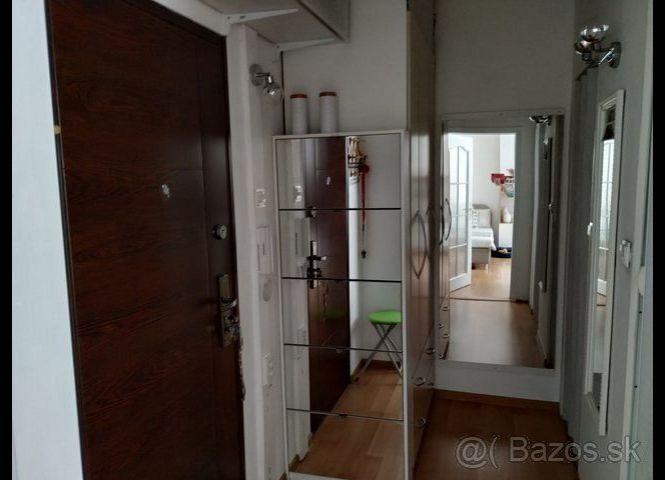 1 izbový byt - Košice-Ťahanovce - Fotografia 1