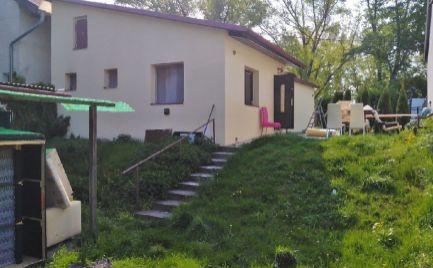 Rodinný 2 izbový dom v Petržalke, Sosnova- prenájom