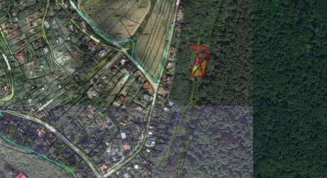 Pozemok s chatou vo Fialkovej doline v Devíne je na predaj- poskytuje súkromie