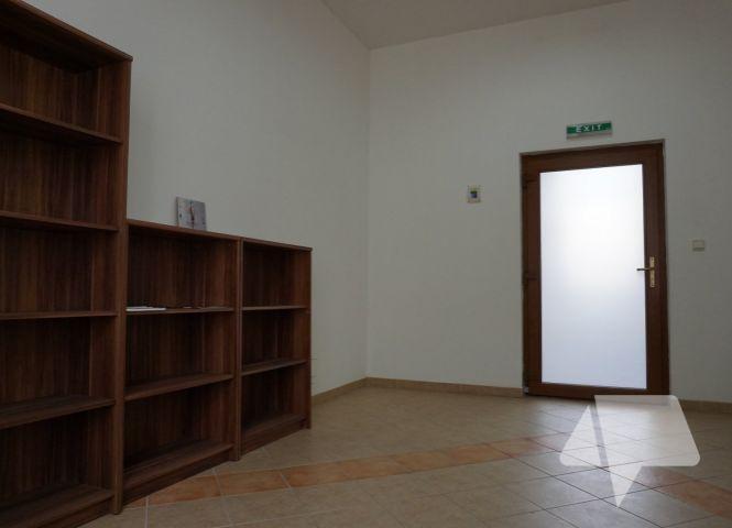 kancelárie - Nitra - Fotografia 1