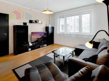 Na predaj 3-izbový byt + KK + lodžia, 65 m2, Majerníkova ul. Dlhé Diely