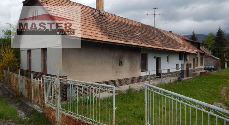 MASTER REAL- Na Predaj rodinný dom 838 m2, Liešťany, okres Prievidza