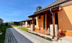 Exkluzívne - Rodinný dom v obci Búč, predaj