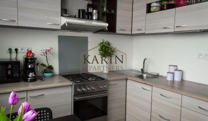 REZERVOVANÉ 2-izbový klimatizovaný byt v tichej lokalite na Lachovej ulici