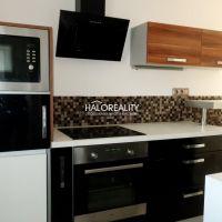 1 izbový byt, Prievidza, 30 m², Kompletná rekonštrukcia