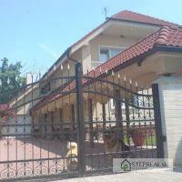 Rodinný dom, Kráľová pri Senci, 550 m², Novostavba
