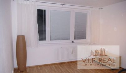 Na predaj 1.izbový byt Petržalka, Topolčianska.