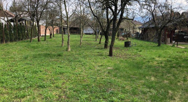 Stavebný pozemok - Trenčianske Stankovce - Malé Stankovce