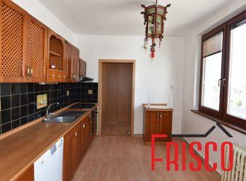Predáme 3-izbový byt v centre mesta Sereď