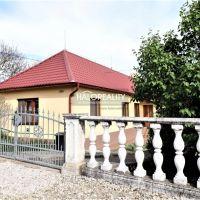 Rodinný dom, Podhájska, 170 m², Čiastočná rekonštrukcia