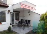 Okr.SENEC – NA PREDAJ NOVÁ CENA! moderný atypický 5 izbový rodinný dom s garážou, pivnicou a veľkým pozemkom – obec BLATNÉ
