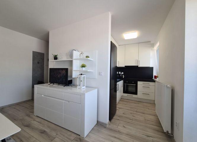 1 izbový byt - Považská Bystrica - Fotografia 1